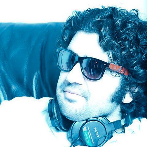 https://up.mybia4music.com/music/94/7/Alireza%20JJ%20-%20Shomare%20Yek.jpg