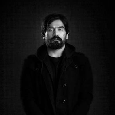 https://up.mybia4music.com/music/94/khordad/Ali%20Sorena%20%E2%80%93%20Ghafas%20Plastiki.jpg